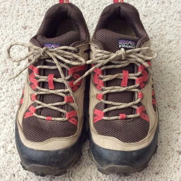 20fe9591b7d Patagonia Women s Drifter A C Hiking shoes. Size 8.  M 5b523e34aaa5b8f7ff7a3193